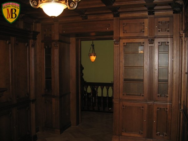 Деревянный кабинет руководителя